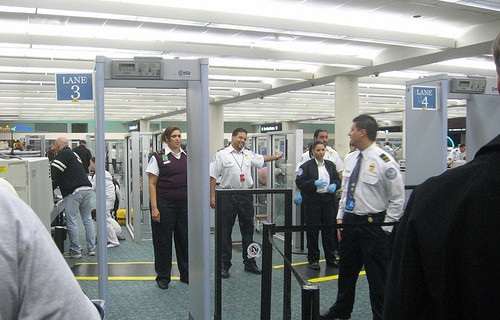 Сигурност летища