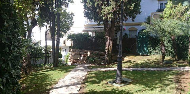 Фирма за озеленяване на дворове и градини